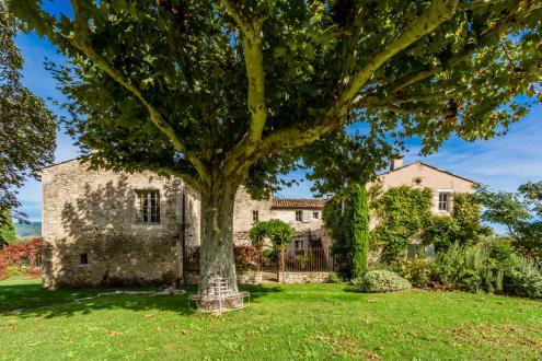 Propriété de luxe à vendre CERESTE, 740 m², 8 Chambres, 3490000€
