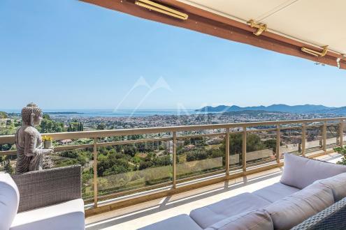 Appartement de luxe à vendre CANNES, 101 m², 2 Chambres, 890000€
