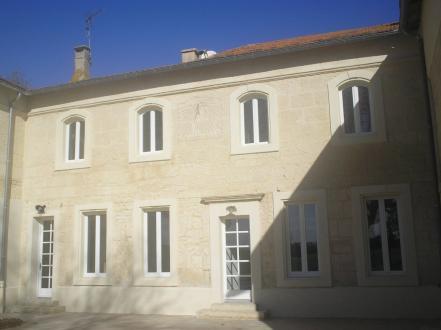 Luxus-Liegenschaft zu verkaufen ARLES, 1123 m², 15 Schlafzimmer, 1802000€