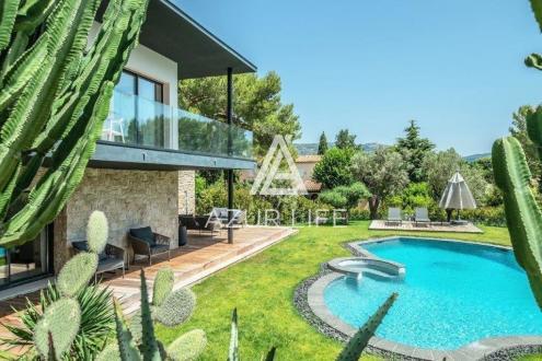 Villa de luxe à vendre SAINT JEAN CAP FERRAT, 300 m², 6 Chambres, 5900000€