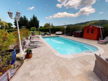 Maison de luxe à vendre SAINTE MAXIME, 230 m², 5 Chambres, 890000€