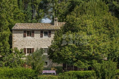 Luxe Farm te koop BONNIEUX, 215 m², 5 Slaapkamers, 1160000€