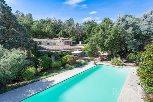Luxus-Haus zu verkaufen COGOLIN, 173 m², 4 Schlafzimmer, 1300000€
