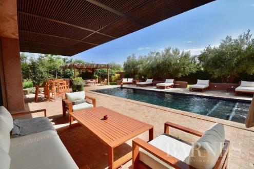 Вилла класса люкс на продажу  Марракеш, 1800 м², 1195000€