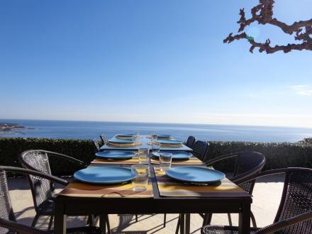 Luxury House for rent SAINTE MAXIME, 150 m², 4 Bedrooms,