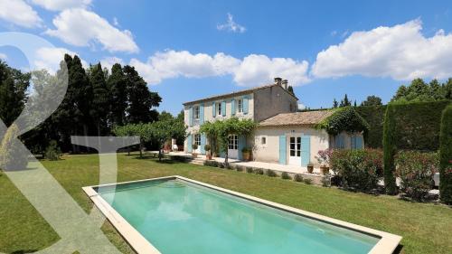 Casa di lusso in vendita MAUSSANE LES ALPILLES, 160 m², 4 Camere, 910000€