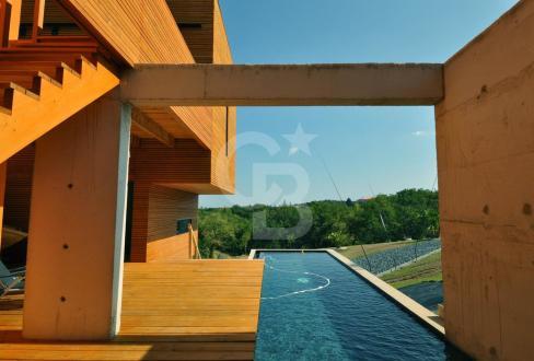 Villa de luxe à vendre PERPIGNAN, 240 m², 3 Chambres, 890000€