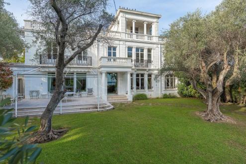 Villa de luxe à vendre CANNES, 400 m², 8 Chambres, 4300000€