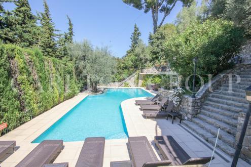 Maison de luxe à vendre CANNES, 250 m², 5 Chambres, 2440000€