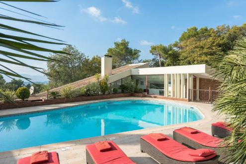 Luxury House for rent MOUGINS, 500 m², 7 Bedrooms,