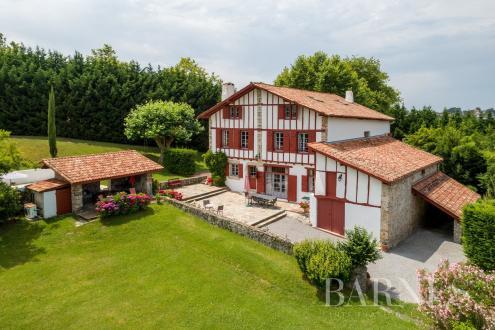 Maison de luxe à vendre SAINT JEAN DE LUZ, 450 m², 8 Chambres, 2050000€