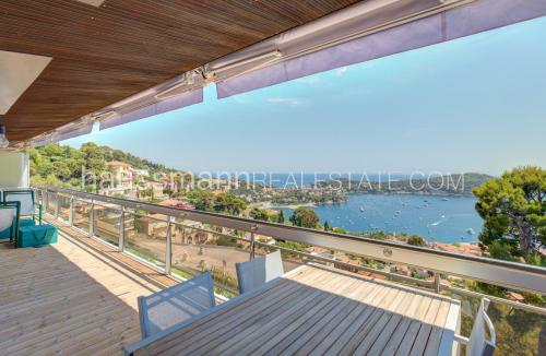 Luxus-Wohnung zu verkaufen VILLEFRANCHE SUR MER, 106 m², 3 Schlafzimmer, 1370000€
