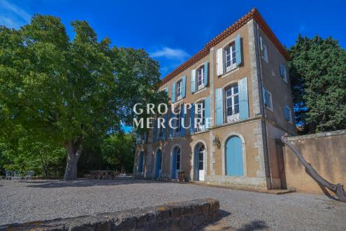Casa di lusso in vendita BEZIERS, 500 m², 12 Camere, 1275000€