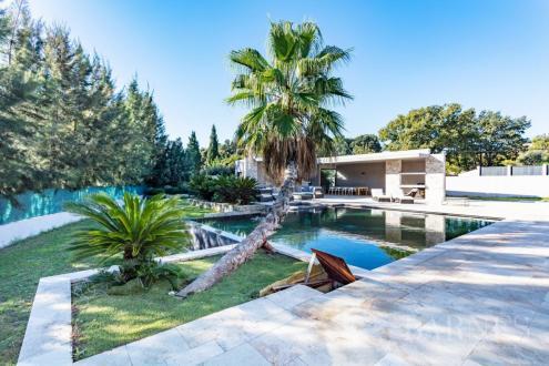 Luxury Villa for sale COGOLIN, 389 m², 4 Bedrooms, €1700000