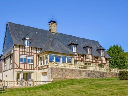 Maison de luxe à vendre SAINT MICHEL DE MONTJOIE, 673 m², 14 Chambres, 1470000€