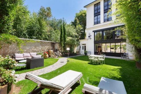 Maison de luxe à vendre PARIS 14E, 201 m², 5 Chambres, 4390000€