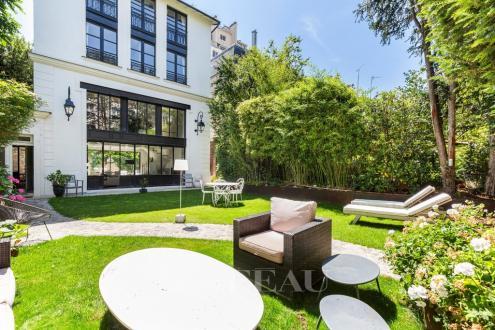 Luxury House for sale PARIS 14E, 201 m², 5 Bedrooms, €4390000
