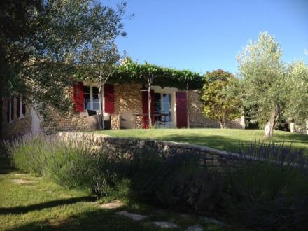 Luxus-Haus zu vermieten LIOUX, 120 m², 3 Schlafzimmer,