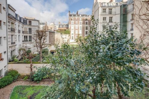 Appartement de luxe à vendre PARIS 7E, 114 m², 1 Chambres, 1895000€