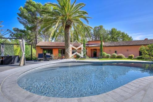 Villa de luxe à vendre MOUGINS, 260 m², 5 Chambres, 1850000€