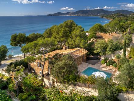 Maison de luxe à louer LA CROIX VALMER, 220 m², 5 Chambres,