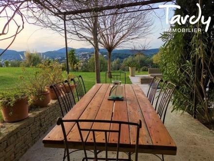 Maison de luxe à vendre CASSIS, 280 m², 5 Chambres, 1995000€