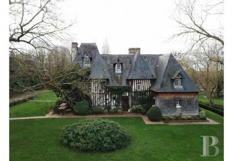 Luxus-Schloss / Herrenhaus zu verkaufen CAMBREMER, 280 m², 5 Schlafzimmer, 3675000€