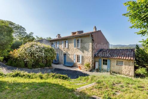 Luxe Farm te koop GRAMBOIS, 210 m², 4 Slaapkamers, 895000€