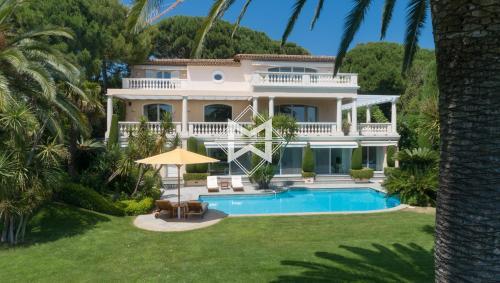 Luxus-Liegenschaft zu verkaufen RAMATUELLE, 350 m², 5 Schlafzimmer, 21000000€