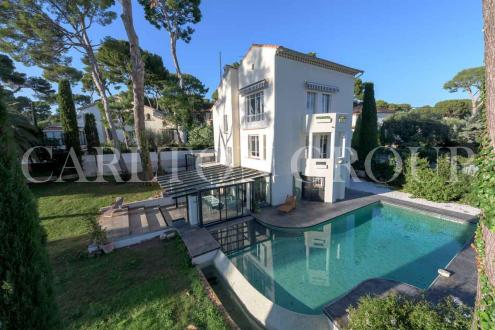 Luxury House for sale CAP D'ANTIBES, 250 m², 4 Bedrooms, €3900000