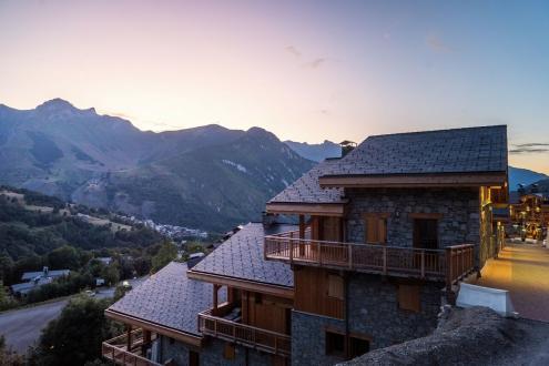 Luxus-Chalet zu verkaufen SAINT MARTIN DE BELLEVILLE, 144 m², 4 Schlafzimmer, 2139375€