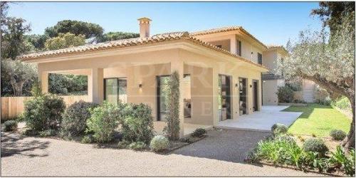 Villa de luxe à vendre SAINT TROPEZ, 300 m², 6 Chambres, 4500000€