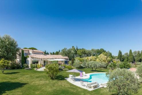 Villa de luxe à vendre SAINT REMY DE PROVENCE, 225 m², 4 Chambres, 1378000€