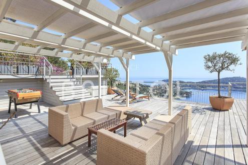 Вилла класса люкс на продажу  Вильфранш-Сюр-Мер, 475 м², 4 Спальни, 7900000€