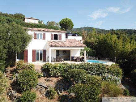 Villa de luxe à vendre CAVALAIRE SUR MER, 110 m², 4 Chambres, 895000€