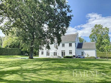 Propriété de luxe à vendre RHODE SAINT GENESE, 325 m², 5 Chambres, 1775000€