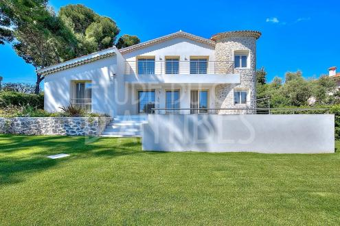 Luxury Villa for sale CAP D'ANTIBES, 230 m², 4 Bedrooms, € 3 600 000