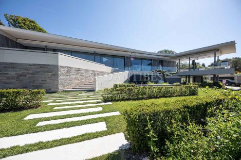 Propriété de luxe à vendre ANTIBES, 700 m², 5 Chambres