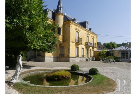 Château / Manoir de luxe à vendre MELUN, 288 m², 6 Chambres, 950000€