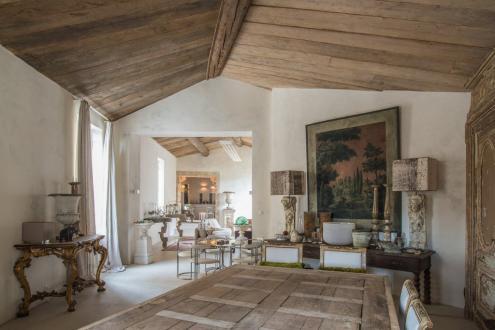 Maison de luxe à vendre UZES, 250 m², 3 Chambres, 1590000€