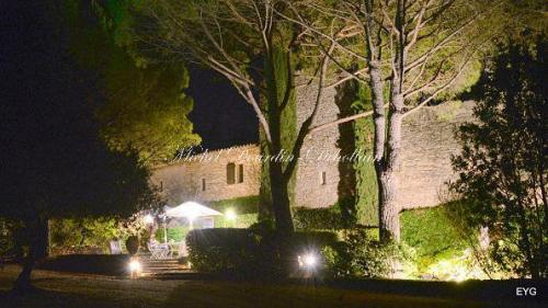 Luxury House for sale GORDES, 233 m², 5 Bedrooms, €1200000