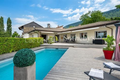 Luxury House for sale SAINT CERGUES, 276 m², 4 Bedrooms, €1095000