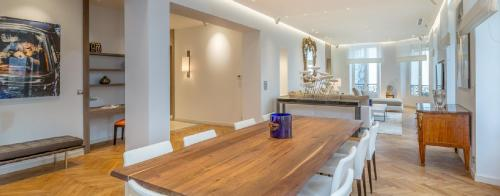 Luxury Apartment for rent CANNES, 4 Bedrooms,