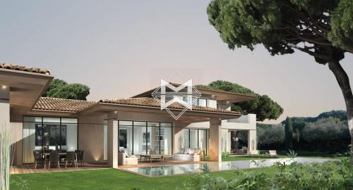 Terrain de luxe à vendre SAINT TROPEZ, 1096 m², 2480000€