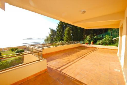 Luxus-Wohnung zu verkaufen BEAULIEU SUR MER, 72 m², 2 Schlafzimmer, 750000€