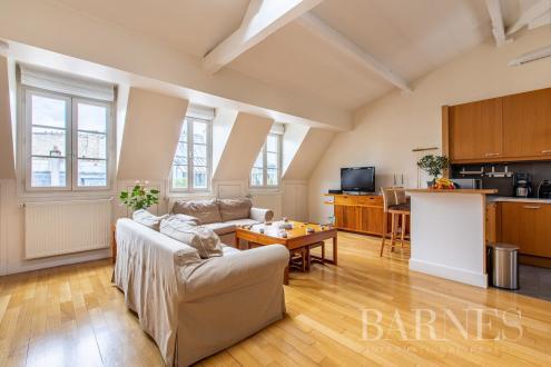 Квартира класса люкс на продажу  Париж 16ый, 90 м², 3 Спальни, 1390000€