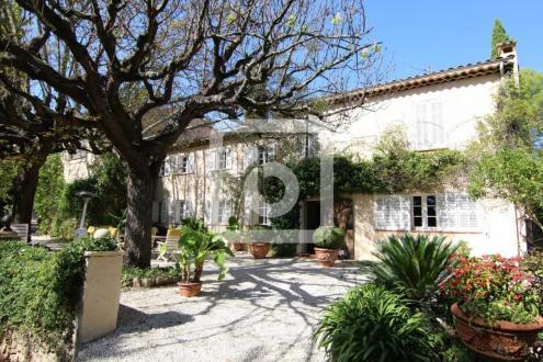 Maison de luxe à vendre GRASSE, 315 m², 5 Chambres, 1750000€