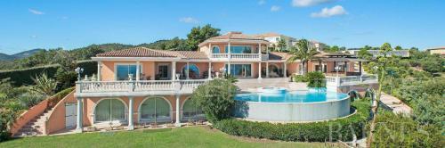 Maison de luxe à vendre LES ISSAMBRES, 800 m², 5 Chambres, 5950000€