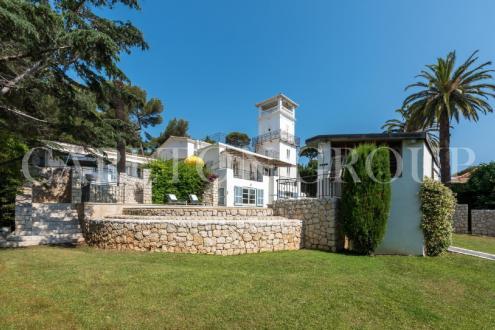 Luxury House for rent CAP D'ANTIBES, 300 m², 6 Bedrooms,