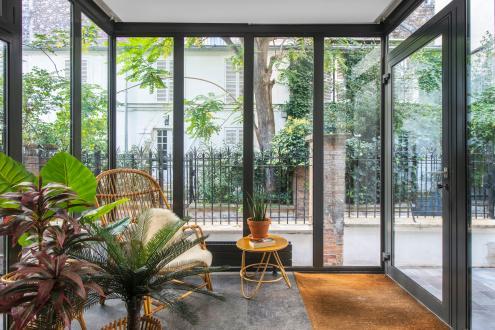 Дом класса люкс на продажу  Париж 18ый, 132 м², 4 Спальни, 2100000€